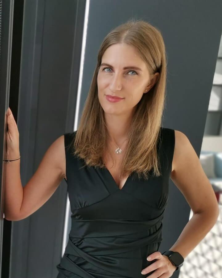 Nicole Redshaper Team (3)